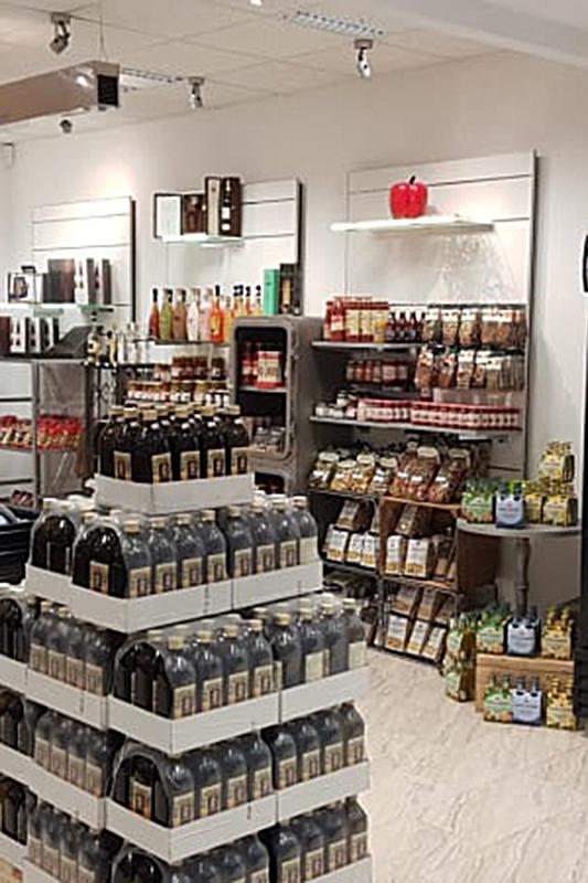 Kleiber Lebensmittel Getränke Kleiber Werksverkauf und italienische Mode 4